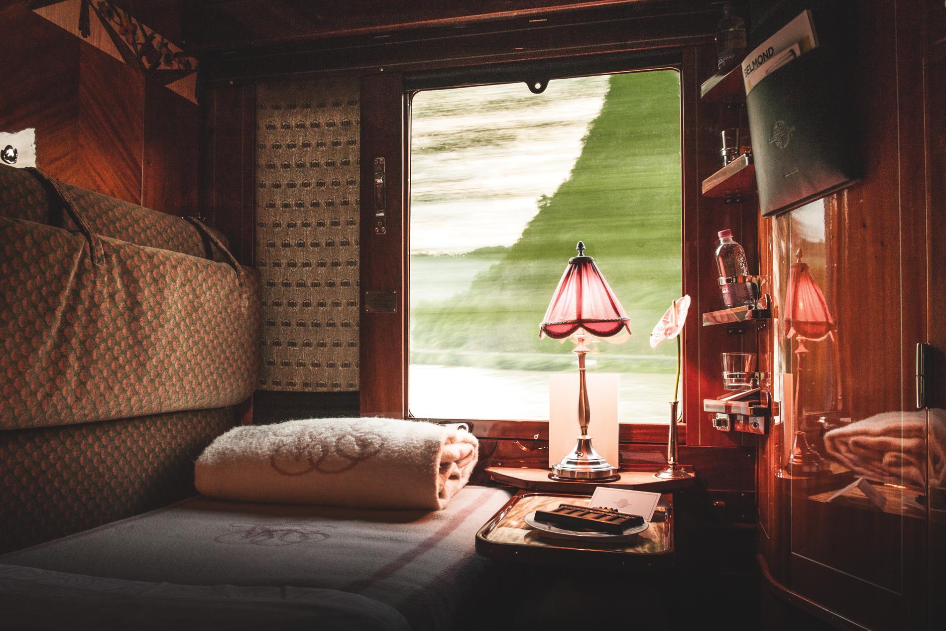 La Luxueuse M 233 Tamorphose Du Venise Simplon Orient Express