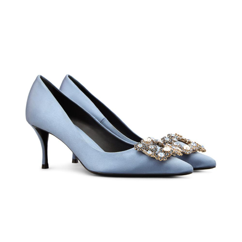 d8ce62023de5 ... souliers pour que chaque mariée trouve chaussure à son pied - By Far  Des souliers pour que chaque mariée trouve chaussure à son pied - Patricia  Blanchet ...