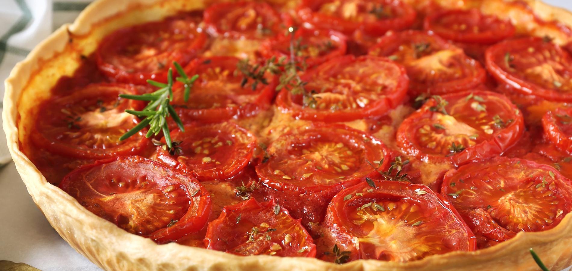 Vingt cinq recettes gourmandes pour cuisiner la tomate tout l 39 t cuisine madame figaro - Cuisiner les tomates sechees ...