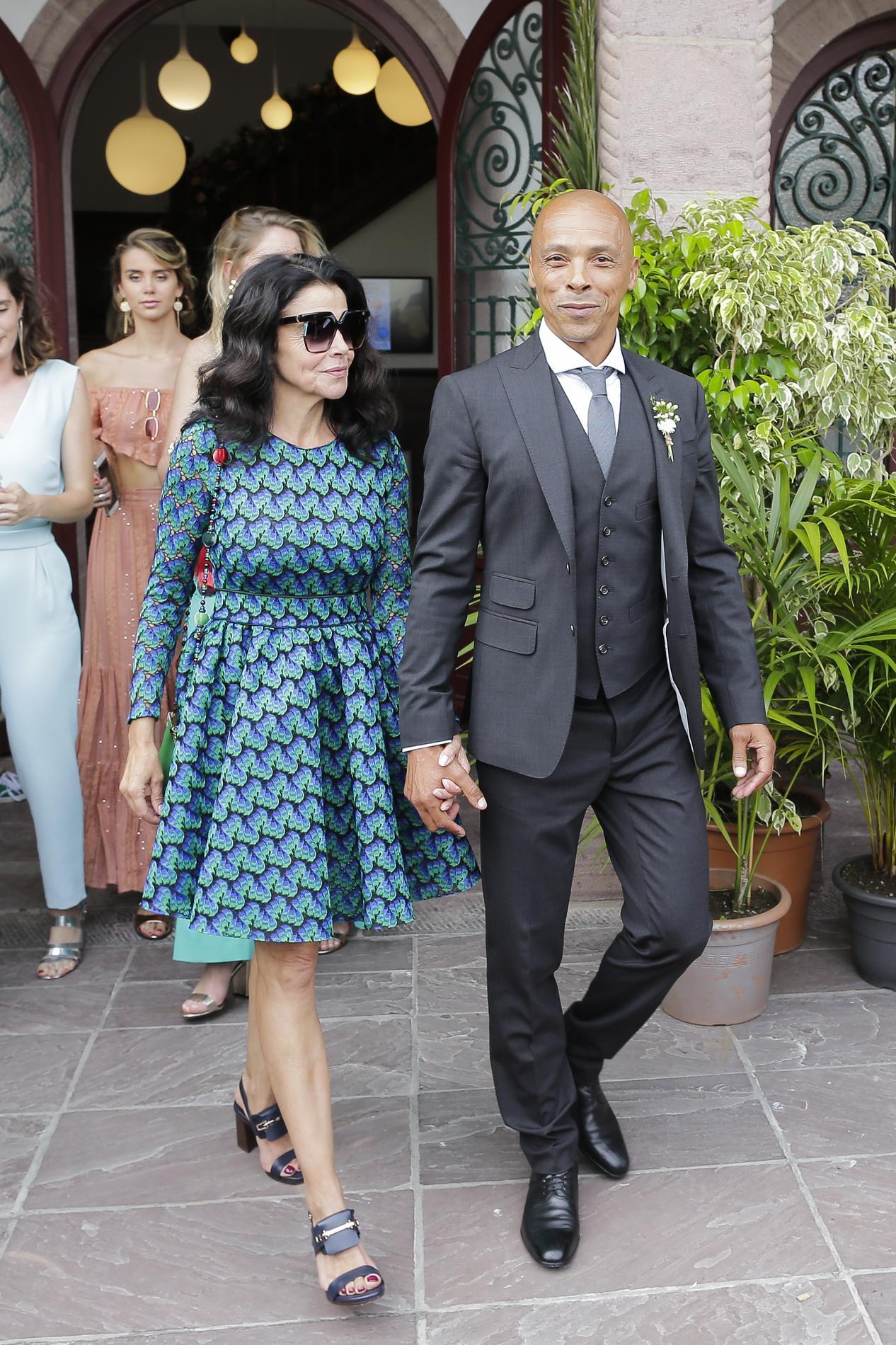 Abaca Le mariage de Vincent Cassel et Tina Kunakey Le mariage de Vincent  Cassel et Tina Kunakey Le mariage de Vincent Cassel et Tina Kunakey Le  mariage de
