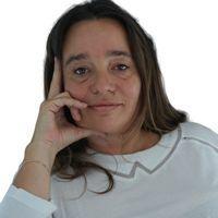 Emmanuelle Piquet.