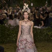 Le conte de fées de Dior en 5 détails