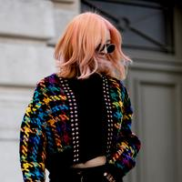 Lissage, shampoing... Cinq erreurs à éviter avec les cheveux colorés