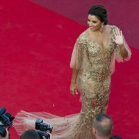 Eva Longoria, le glamour peps sur la Croisette