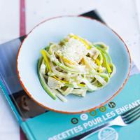 Fettucce à la crème de parmesan, courgettes croquantes