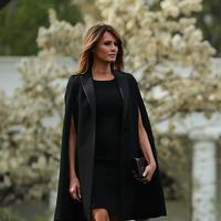 Mais que peut bien signifier le tic mode de Melania Trump ?