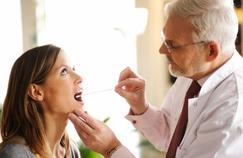 Dépister la grippe ou une angine chez le pharmacien