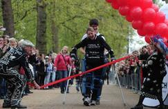 Une paraplégique boucle un marathon en 16 jours