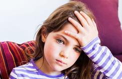 La psychologie efficace contre les migraines de l'enfant