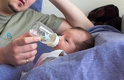 Régurgitations du nourrisson : pas d'inquiétude