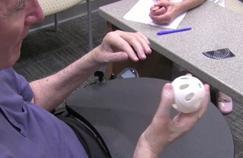 Un tétraplégique retrouve l'usage de ses mains