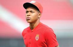 Le mercato en direct : rencontre PSG-Monaco pour Mbappé