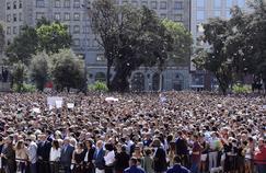 EN DIRECT - Une minute de silence a été observée après les attentats de Barcelone et Cambrils