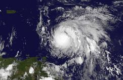 L'ouragan Maria se renforce, la Martinique en alerte violette