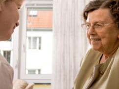 Hospitalisation à domicile des personnes agées