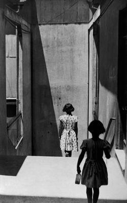Passage Bavestrello, Valparaiso, Chili, 1952.