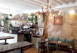 le figaro les petits plats paris 75014 cuisine fran aise. Black Bedroom Furniture Sets. Home Design Ideas