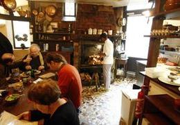 Le figaro la soci t paris 75006 cuisine fran aise - Comptoir des cotonniers avenue louise ...