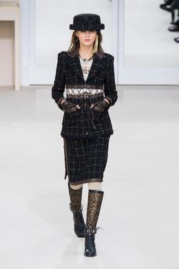 Défilé Chanel automne-hiver 2016-2017, Paris - Look 29.