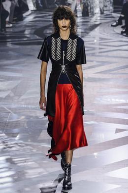 Desfile Louis Vuitton outono-inverno 2016-2017, Paris - Look 12.