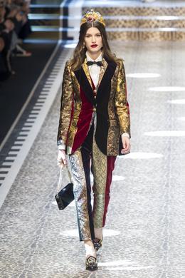 Défilé Dolce & Gabbana automne-hiver 2017-2018, Milan - Look 64.