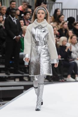 Défilé Chanel automne-hiver 2017-2018, Paris - Look 10.