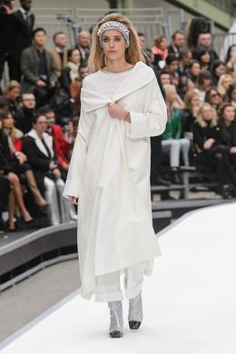 Défilé Chanel automne-hiver 2017-2018, Paris - Look 24.