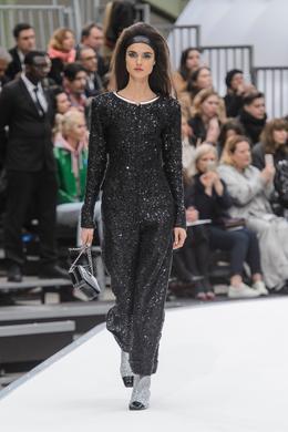 Défilé Chanel automne-hiver 2017-2018, Paris - Look 52.