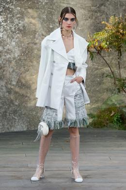 Chanel Spring-Summer 2018 show, Paris - Look 3.