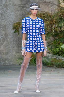 Chanel Spring-Summer 2018 show, Paris - Look 7.