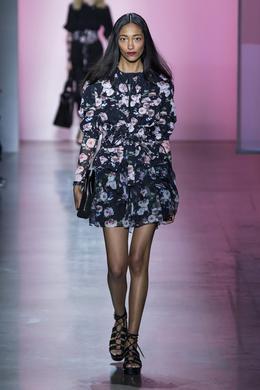 Défilé Rebecca Minkoff printemps-été 2019 Prêt-à-porter - Madame Figaro c996444f130