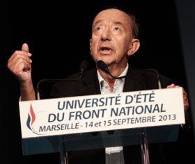 L'économiste Jean-Pierre Vesperini invité à prononcer un discours anti-euro lors de l'université d'été du FN.