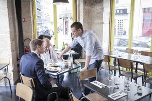 Restaurant 975