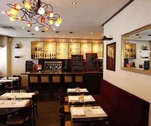 Restaurant Yayin