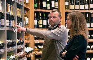 Les consommateurs font-ils toujours la foire aux vins ?