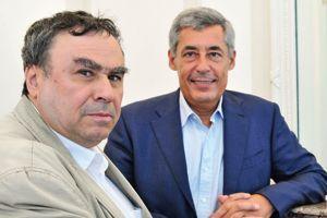 L'historien Benjamin Stora (àgauche)et Henri Guaino, député des Yvelines, rendent hommage à Albert Camus.