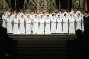 Les petits chanteurs à la croix de bois.