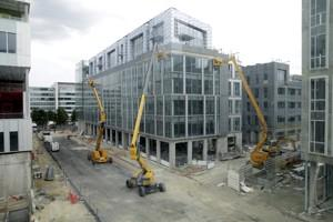 Le nouveau siège social de SFR sur 130.000 m2. (Crédit: Olivier Arandel/PhotoPQR/Le Parisien)