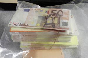 En France, l'économie souterraine représenterait 10% du PIB.