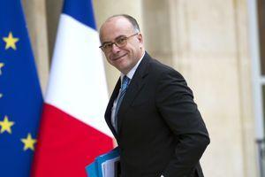 Bernard Cazeneuve passe du Budget à l'Intérieur.