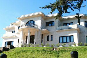 Villa Leïhorra, à Ciboure (64).