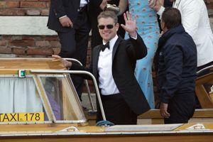 Autre invité de marque, l'acteur américain Matt Damon, avec sa femme, Luciana Barroso.