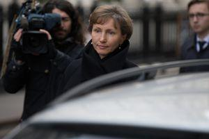 Marina Litvinenko arrive au tribunal au premier jour de l'enquête publique à Londres, mardi.