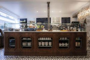Café Pinson.