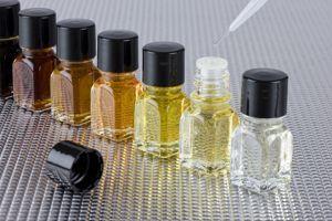 Le parfum Universalités représente les valeurs de responsabilité, honnêteté, convivialité, dynamisme et surtout proximité.