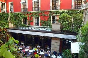 Lire la critique : Hôtel Costes