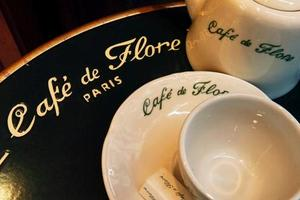 Lire la critique : Le Café de Flore