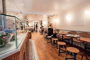 Lire la critique : Café Pinson