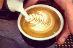 Lire la critique : Coutume Café