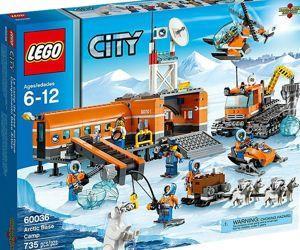 Le set de jeu Lego «Camp de base en Arctique» est utilisé dans la vidéo de Greenpeace.